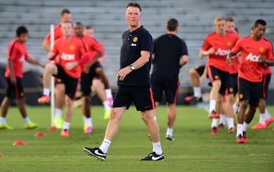 Manchester United: técnico se defiende de duras críticas de leyenda del club