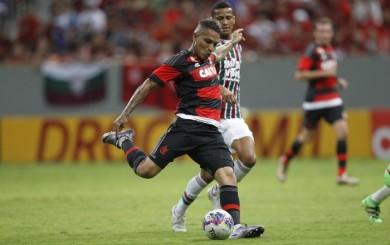 Paolo Guerrero falló una clara ocasión de gol con el Flamengo