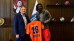 Adebayor estrena nuevo club: fichó por el Basaksehir de Estambul - Noticias de emmanuel adebayor