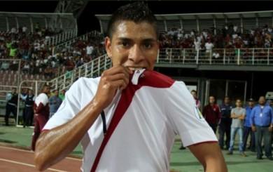 Paolo Hurtado ilusionado con volver a la selección ante Venezuela