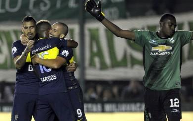 Boca Juniors ganó 2-0 a Banfield y conserva el liderato en Argentina