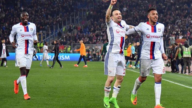 Resultado de imagen para Roma vencio a Lyon 2-1