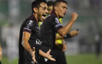 Copa Libertadores: Chapecoense cae 3-1 ante Lanús en debut como anfitrión