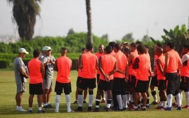 Universitario: Pedro Troglio comenzó a entrenar al primer equipo
