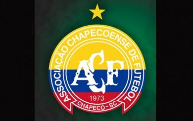 Chapecoense puso los colores de la bandera de Colombia en su escudo