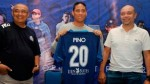 Juan Pablo Pino: de no brillar en Universitario a la liga de Indonesia - Noticias de roberto chale