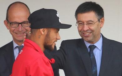 Presidente del Barcelona irá a juicio por el fichaje de Neymar