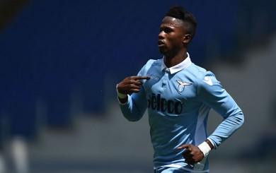Lazio derrotó a la Roma con un doblete del hispano-senegalés Keita Baldé