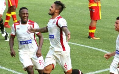 Universitario derrotó 2-1 a Unión Comercio en su debut en el Apertura